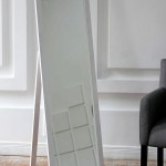 Аренда зеркала белого цвета в Киеве