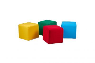 Аренда (прокат)  тканевых  пуфиков с разноцветными чехлами по 100 грн/сутки