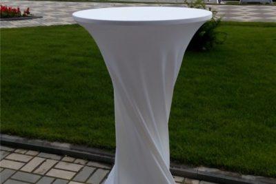 Аренда (прокат) белых стрейчевых чехлов на барные столы по 150 грн/сутки