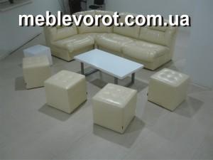 Аренда бежевых пуфов_прокат мягкой мебели в Киеве