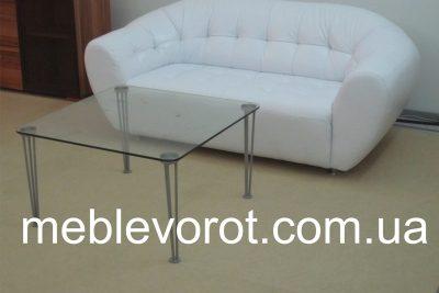Аренда ( прокат ) стеклянного кофейного столика 80*80 см по 150 грн/сутки
