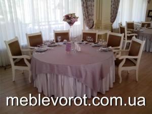 Аренда комплекта текстиля_прокат скатертей и чехлов на стулья в Киеве