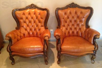 Аренда (прокат) антикварного  кожаного кресла «Барокко» коричневого цвета по 700 грн/сутки
