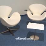 Прокат дизайнерского белого кресла Swan