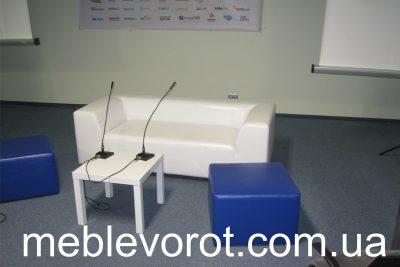 Аренда (прокат) белого квадратного столика квадро «ИКЕА» по 100 грн/сутки