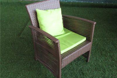 Аренда (прокат) одноместного коричневого кресла из ротанга с мягкой сидушкой по 200 грн/сутки