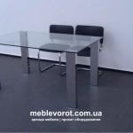 аренда стола стеклянного