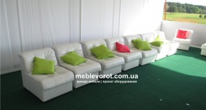 podushki_meblevorot_arenda_rent_1