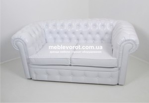 divan_chesterfield_beliy_arenda_meblevorot_rent_white_sofa_1