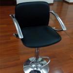 Прокат регулируемого стула барного
