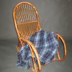 Аренда деревянного кресла качалки в Киеве