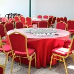 Аренда красных стульев в Киеве